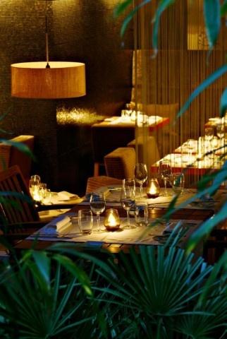 Le Quinzième, French gastronomic restaurant, 14 Rue Cauchy 75015 Paris