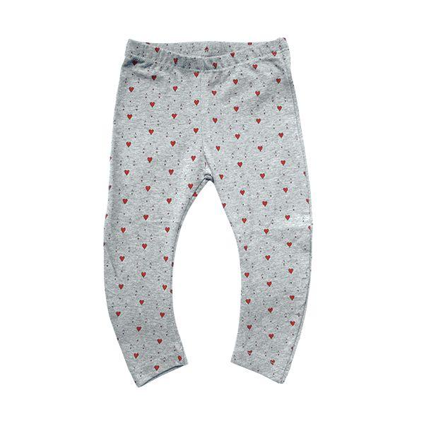 Grijze legging met harten aas van Imps & Elfs, maat: 62, 68, 74, 80. Voor maar €7,50 en je betaalt geen verzendkosten! #ImpsElfs #Babykleding