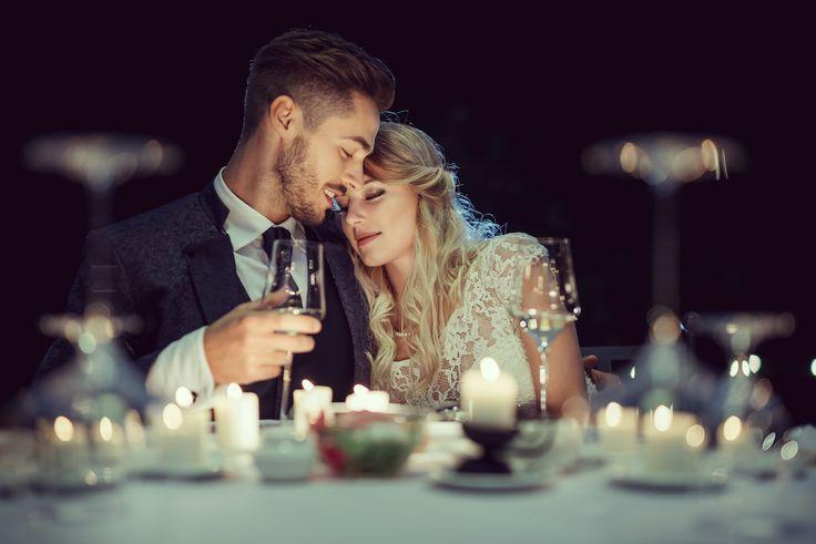 Tips en trends voor de moderne bruidegom    Aanstaande bruidegoms die helemaal bij de tijd willen zijn, doen er goed aan één van deze modetrends te volgen: sjiek en stijlvol, bohémien, of vintage.