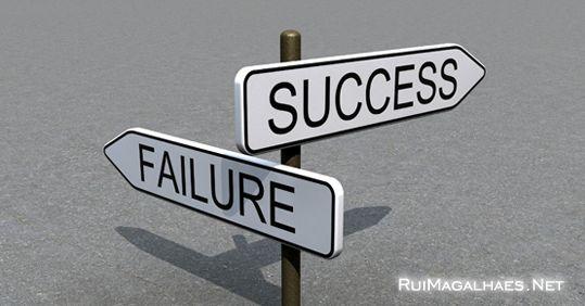 Sempre que tenha de tomar uma decisão, opte por aquela que o fará mais feliz, pois no final, tudo dá certo! http://www.ruimagalhaes.net/lml/e/k-qual-o-caminho-a-escolher