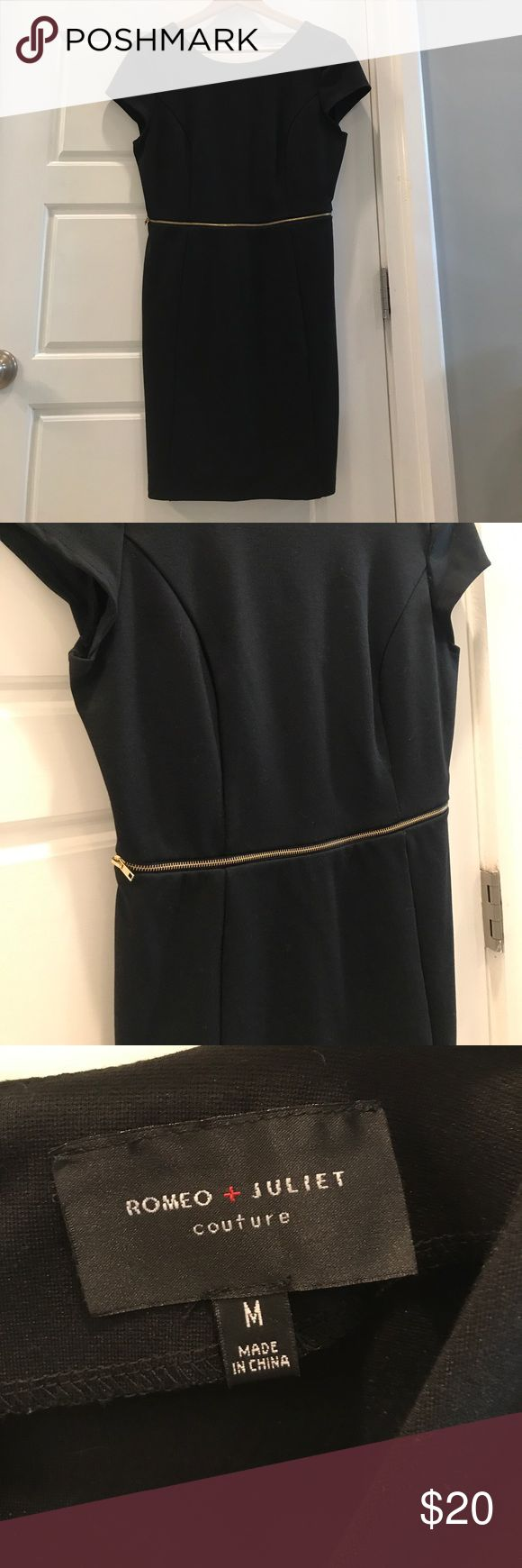 Romeo+Juliet Couture Black Sheath Dress M Black fitted sheath dress - short - size M - name brand from Saks outlet - only worn twice - gold zipper accent. This is the perfect LBD with an edge! 👗 Great Las Vegas, bachelorette party or going out dress! Romeo & Juliet Couture Dresses Mini