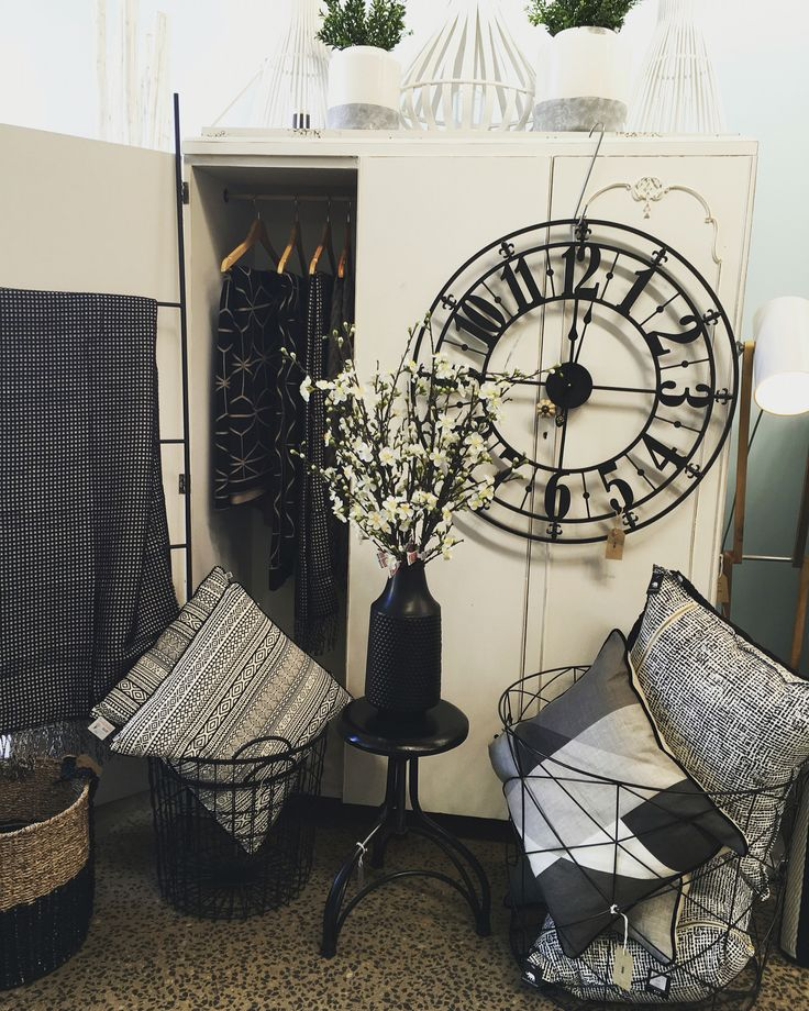 #blackandwhite #throws #cushions #clock #homedecor #gifts #quinceyjac