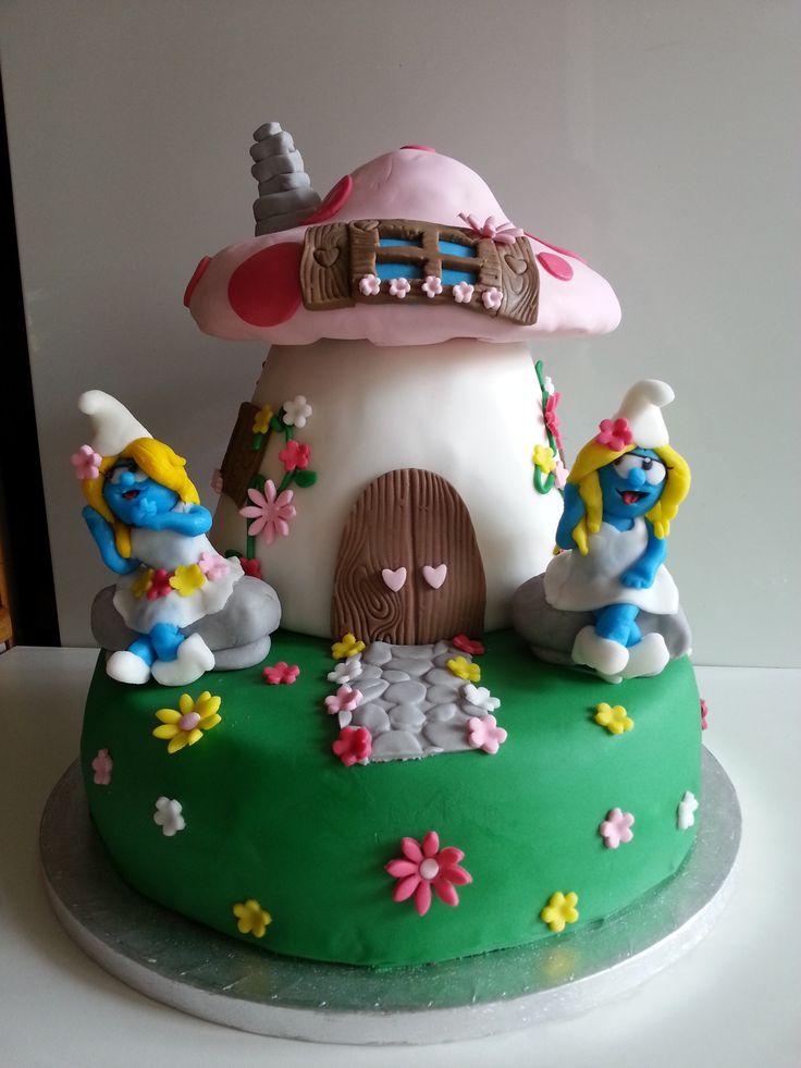Best torte decorate cartoni animati images on pinterest