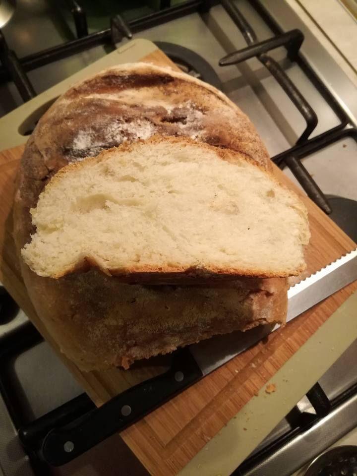 Pagnotta Bimby 1 (20%) 1 vote Un buon filone di pane fatto in casa, foto e ricetta di Aida L. Stampa Pagnotta Bimby Ingredienti 320 gr di acqua 1/2 di lievito di birra ( io metto 5 gr anche meno) 10 gr di zucchero 10 gr di sale 600 gr di farina 00 20 gr …