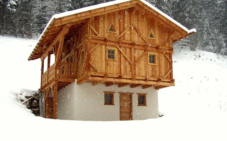 Magnificent Mountainhouse for peaceful holidays, 3 bedrooms, max 8 pers, turkish sauna.
