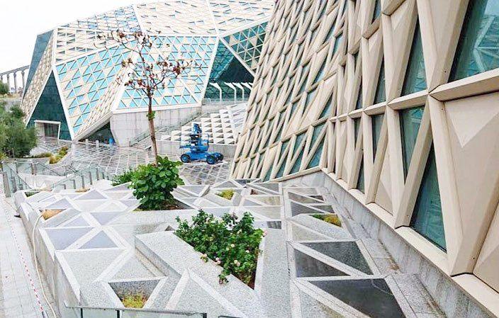 لاقونا في الرياض مركز الملك عبدالله المالي مركز المؤتمرات لتسوق مجموعتنا الجديدة ٧٢ ٨٢ ٩٢ ٣٠ رجب 3 4 5 6 April Modest Fashion Style Plants