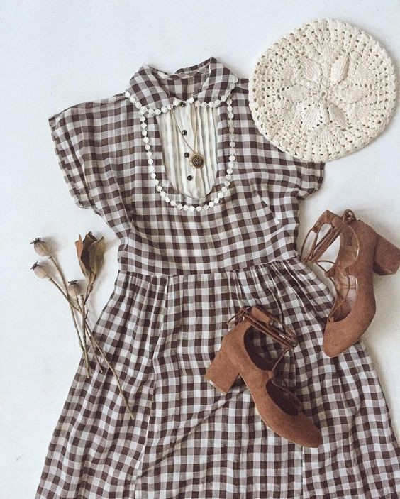 Vintage Outfit Idea: Charming Gingham