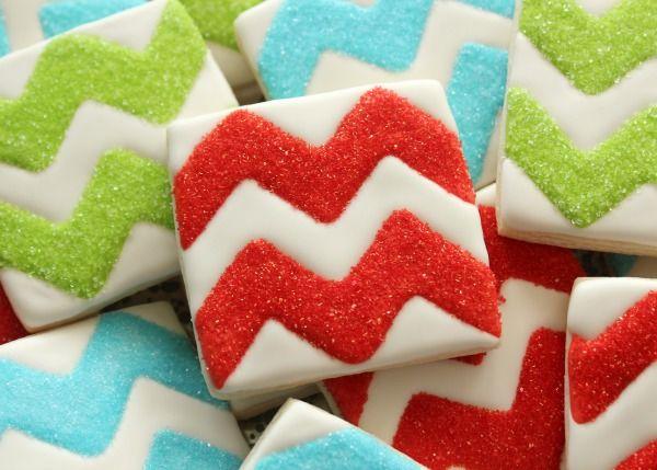How to Make Chevron Cookies via @SweetSugarBelle {Callye Alvarado}    (Sweetsugarbelle.com)