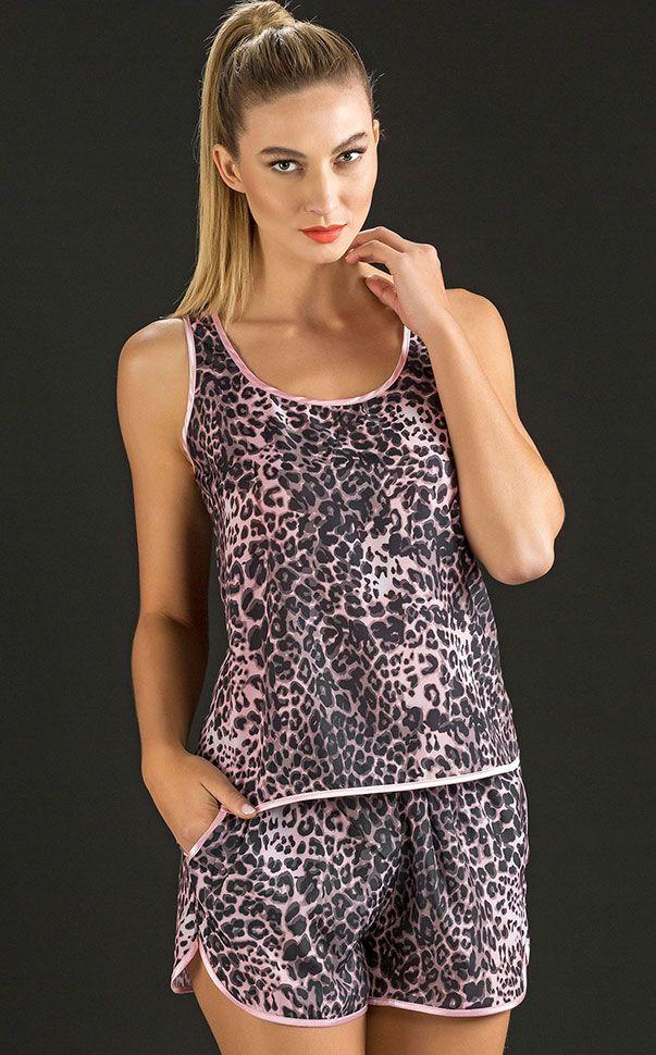 ELENA -  Wild and cute!  Transborde sofisticação com os looks do verão. Luxuoso Cetim 'Animal Print' com toque seda. Todas as peças com aplique personalizado Mixte na cor prata velha.