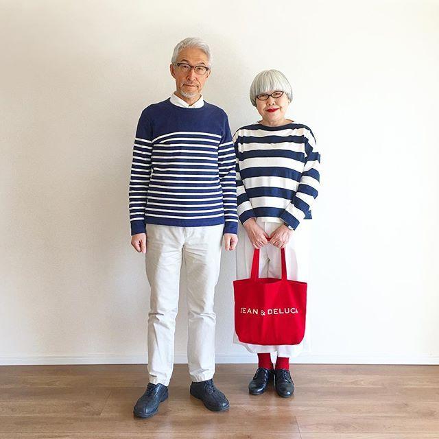 コートを脱いで。ボーダーの太さが違うけれど、白いパンツでペア感を出しました #couple #over60 #fashion #coordinate #outfit #ootd #instafashion #instaoutfit #instagramjapan #greyhair #夫婦 #60代 #ファッション #コーディネート #夫婦コーデ #今日のコーデ #グレイヘア #白髪 #共白髪
