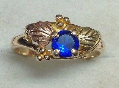 Landstrom-039-s-Black-Hills-Gold-Created-Sapphire-Ring-10K-Gold-Size-7