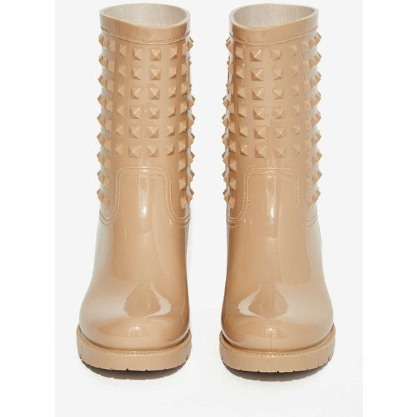 Camden Studded Rain Boot (555 SEK) ❤ liked on Polyvore featuring shoes, boots, platform shoes, studded boots, wellies boots, rain boots and mid heel shoes