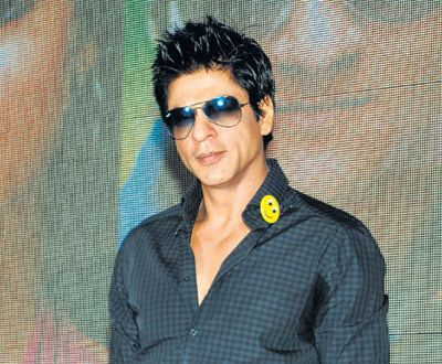 srk hair style shahrukh khan searching for a new hair style we all 8935