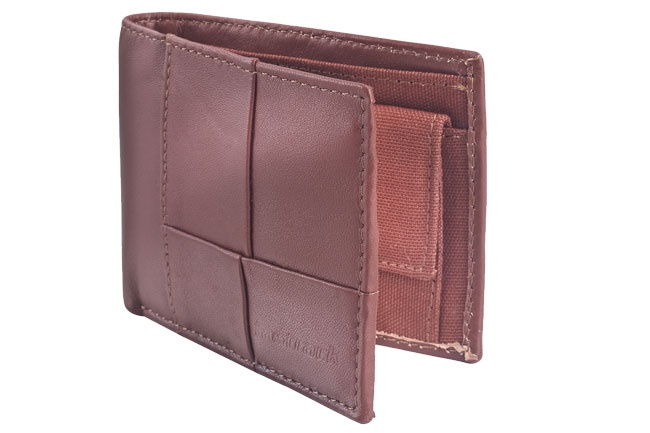 Bi-fold wallet with patchwork leather detail and internal coin pocket. Wallets from Fastrack http://www.fastrack.in/product/c0316lbr01/?filter=yes=india=9=4&_=1334231927426