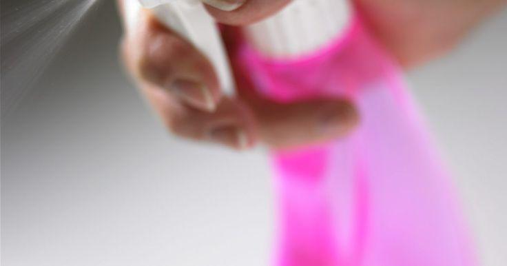 Limpiador de ácido bórico y vinagre. Una amplia gama de productos de limpieza está disponible en el mercado con fórmulas y especificaciones para satisfacer cualquier necesidad de limpieza. El problema es que muchos de estos productos son creados con ingredientes químicos dañinos que pueden ser peligrosos para los seres humanos o los animales que entren en contacto con ellos. Por otra ...
