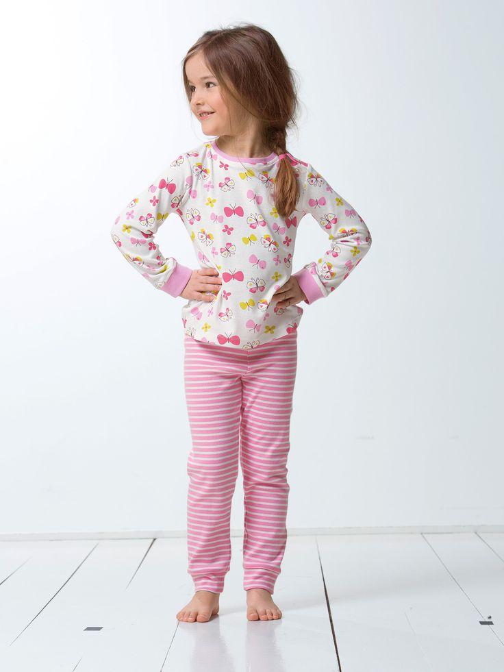 17 meilleures id es propos de soir e pyjama de filles. Black Bedroom Furniture Sets. Home Design Ideas