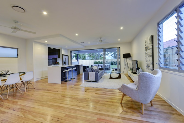 Open plan living for the Queensland climate