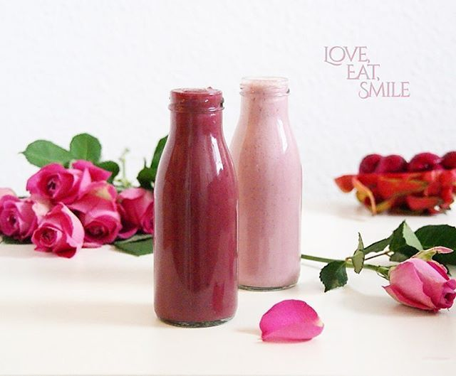 Romantic pink smoothie for a happy Valentine´s Day <3