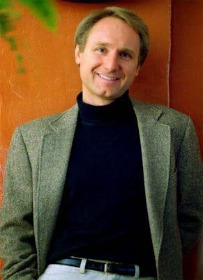 Read #DanBrown #FreeNovels here at #BookStack - http://bookstackonline.blogspot.com/2014/08/dan-brown.html