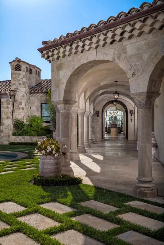 Romanesque villa at the strand dana point california - Maison secondaire luxe shelley point ...