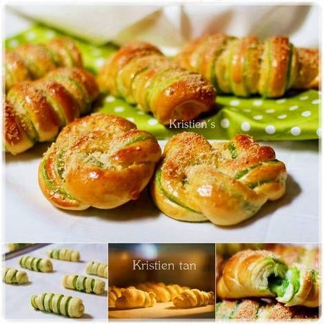 Roti Manis Pandan soft Roll