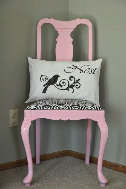 This Sweet Pea chair seems perfect for a living room: Chair Ideas, Cute Pillows, Living Room, Pink Chairs, Pink Pink, Pink Room, Sweet Peas, Rustoleum Sweet, Pea Chair
