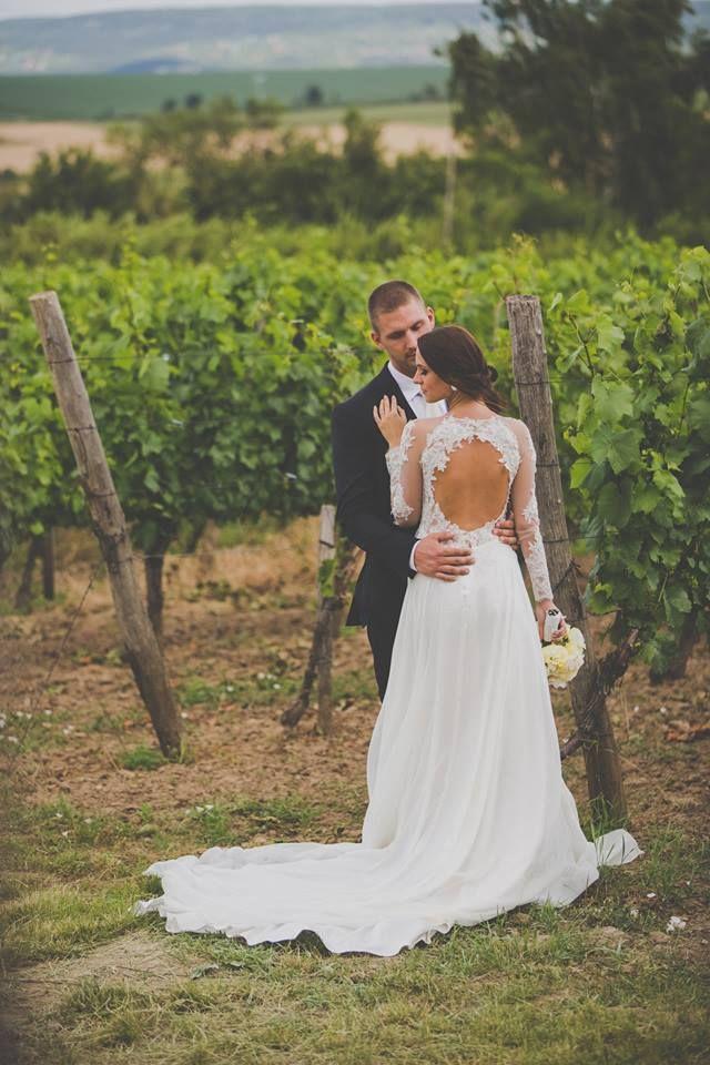 Nora Sarman Real Brides / Kitti