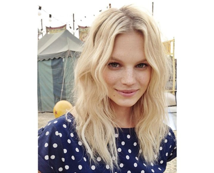 Top Knots And Twists 10 Kristin Ess Hairstyles We Love