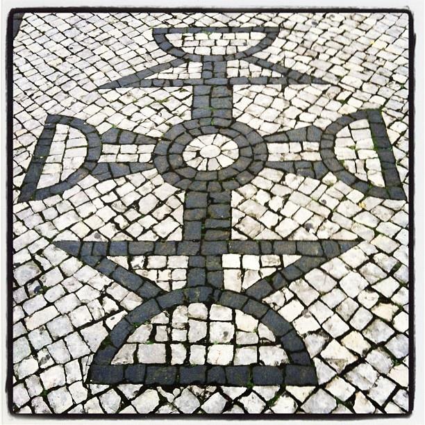 Sidewalk, Pavement Portuguese (Calçada Portuguesa) - Vila da Povoação, São Miguel Island. Photo by José Alberto Lima. @jallima- #webstagram #Portugal