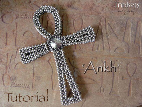 Beading pattern 'Ankh'  DIY CRAW seedbead by TrinketsBeadwork flotte kors med rivoli