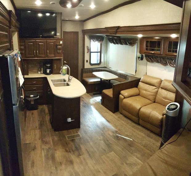 how to become a rv tec