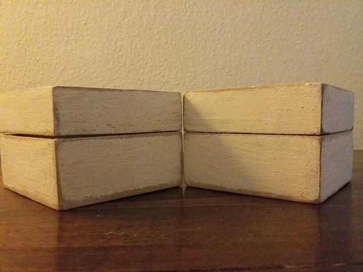 Scatoline portagioie in legno stile shabby