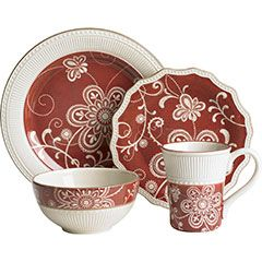 plates: Dinners Plates, Maribeth Dinnerware, Dinner Plates, Cheap Dinners, Red Kitchens, Families Dinners, Red Dinnerware, China Dishes, Christmas Dishes