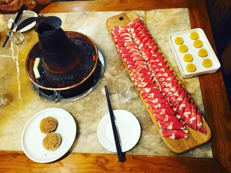 Beijing style lamb hotpot #food #foodie #instafood #china #beijing #foodporn #meat #foodgasm #foodstagram #lamb #hotpot #chinesefood #hungry #eeeeeats #eat #instagramers #goodeats #instadaily #食 #美味しい#肉#yum #yumm #yummy #tasty #delicious #delish #meal #chinesefood #火锅#涮羊肉