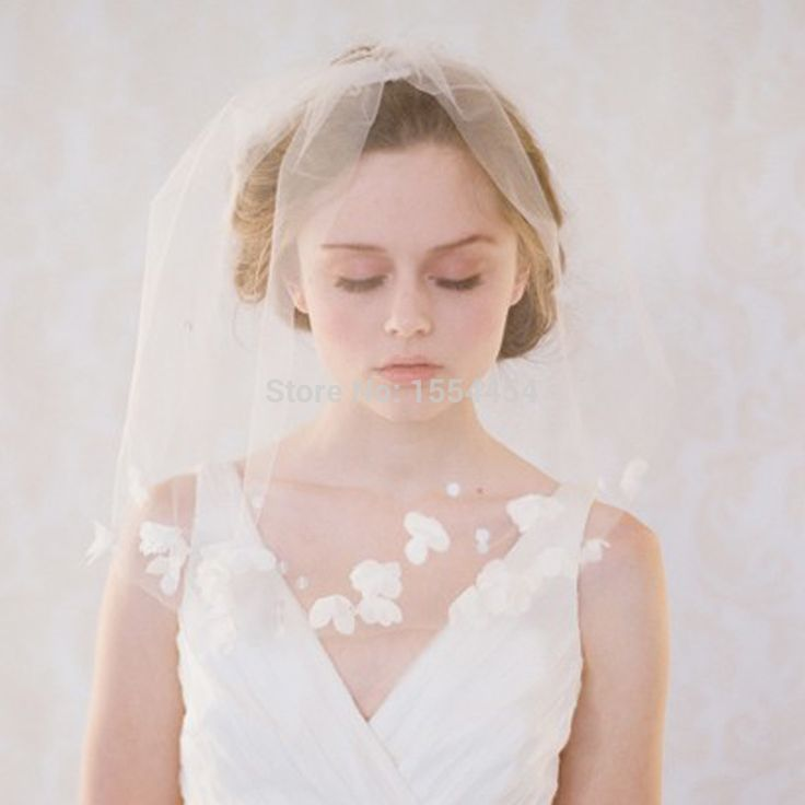 Cheap wedding veil with crystal edge, Buy Quality veil short directly from China wedding veil mantilla Suppliers:  Free Shipping Gorgeous White Lace Wedding Gloves Crystal Gothic Fingerless Bridal GlovesWith Ring 1207-37US$ 18.9