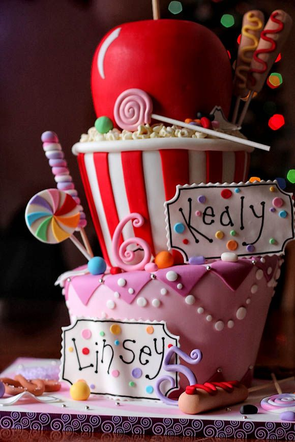 Candy #Cake #Popcorn #Bucket #Sweets #Candy Cane and Toffee #Apple Looking so good! We totally love and had to share! Great #CakeDecorating!