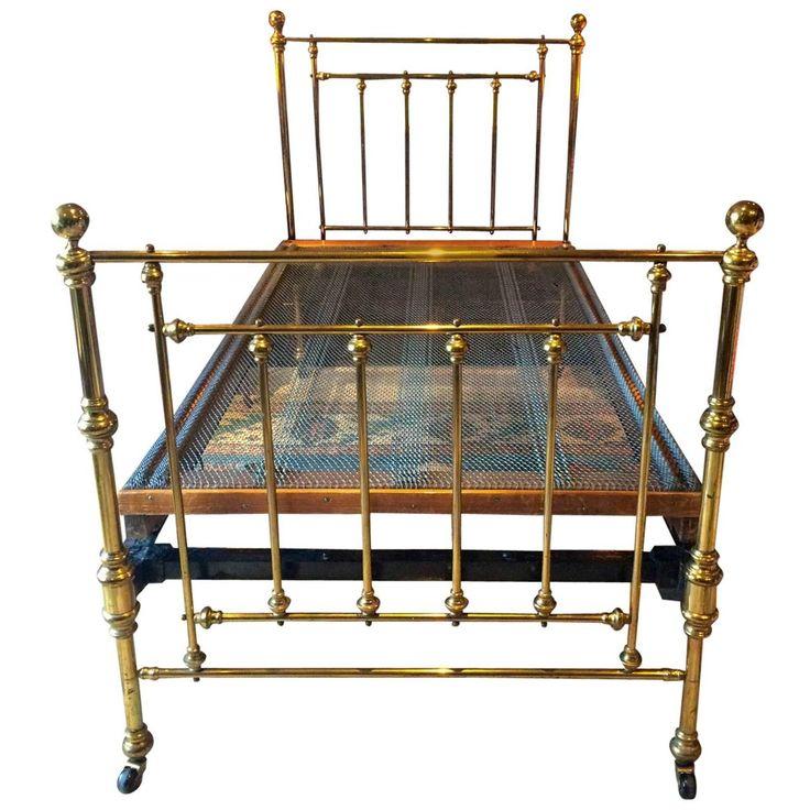 Best 25+ Antique beds ideas on Pinterest | Antique painted ...