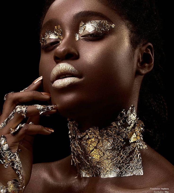"82 Me gusta, 4 comentarios - Afi Magazine (@afi_mag) en Instagram: ""GOLD & BLACK Photography: Miko Colon @mikocolon | Model: Nissi Chima @nissichima | Hair & Makeup:…"""