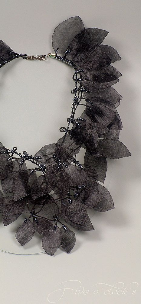 Botanical gothic necklace with black leaves by FiveOClocks