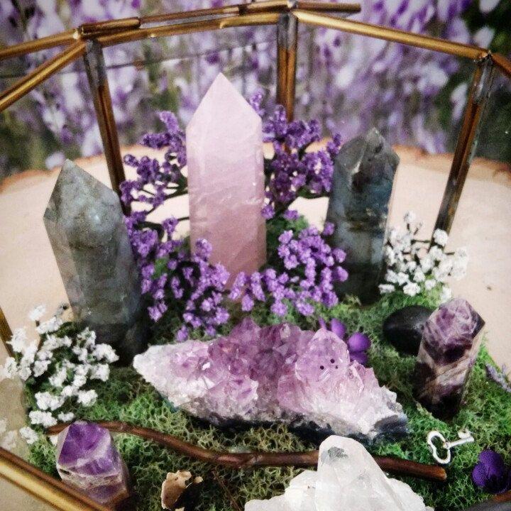 Terrarium - Healing Crystals - Terrarium Kit - Glass Terrarium - Crystal Garden…