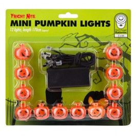 Create an eerie glow with these mini pumpkin lights. Ideal for indoors or outside in the trees to get an effective ambience in the entrance to your halloweeb party. Requires 2 xAA batteris (not included). This is a halloween decoration, not a toy. Please keep away from children.