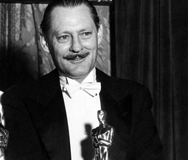 4/23/14 10:22p The Academy Awards Ceremony 1931:  Best Actor  Oscar Lionel Barrymore for  ''A Free Soul'' 1930-31