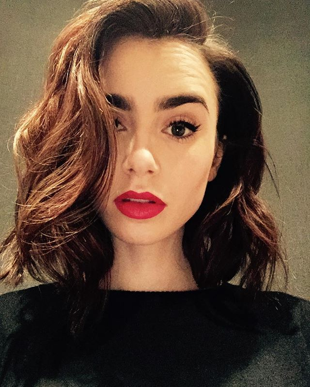 Lily Collins. Instagram (Bake Maquillaje)