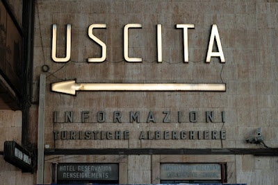: Beautiful Italy, Training Stations, Design Jealousy, Vernacular Typography, Florence Italy, Graphics Design, Signage, Italy Typography, Florence Training