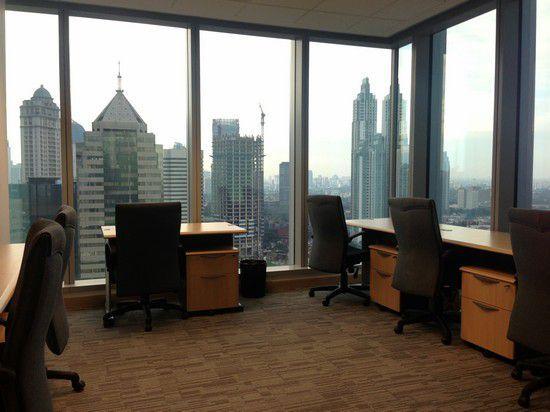 Berbagai alternatif pilihan sewa kantor memudahkan Anda dalam mencari sewa kantor Jakarta sesuai kebutuhan.