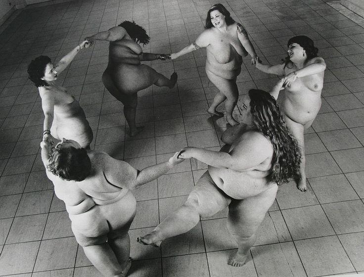 Леонард Нимой отстаивал полных женщин через фотографии ню - 11