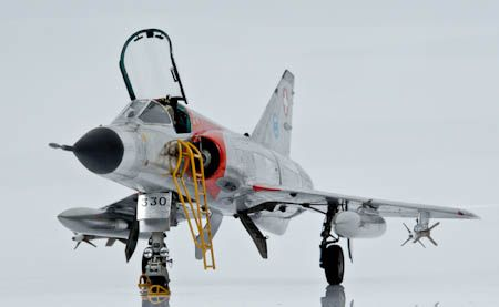 Mirage III - S Revell 1/32 by AMMODEL