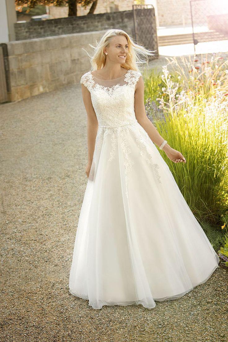 163 best Brautkleider - Wedding Dresses images on Pinterest ...