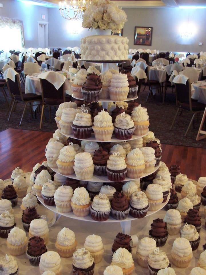 gigi s cupcakes wedding cake 33 best images about gigi s cupcakes weddings on 14700