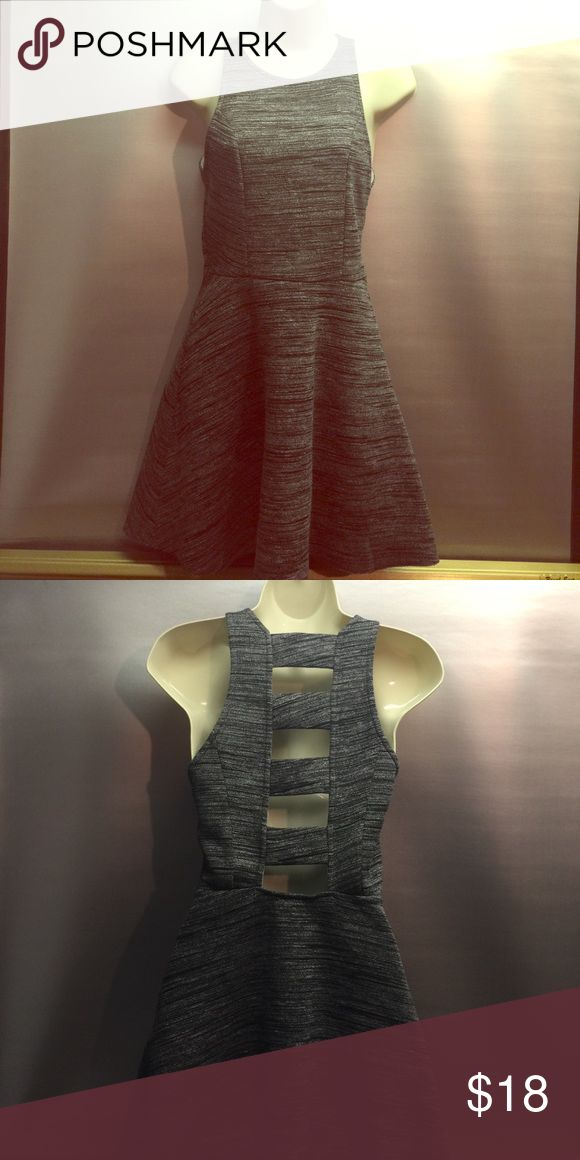 Abercrombie and Fitch dress size Medium Abercrombie and Fitch dress size medium perfect dress for a night on the town, beautiful black and gray Abercrombie & Fitch Dresses Mini